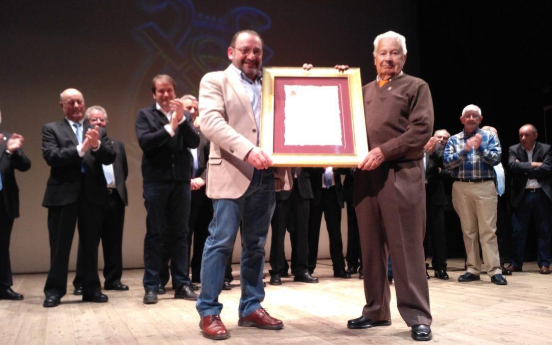 "El Coro ""San Andrés"" nombra a César García Orviz presidente de honor"